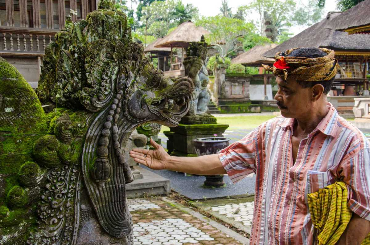 agung rai and dragon bali temple