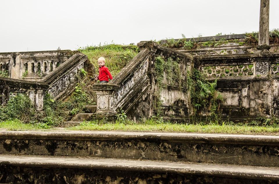 hue citadel main palace ruins