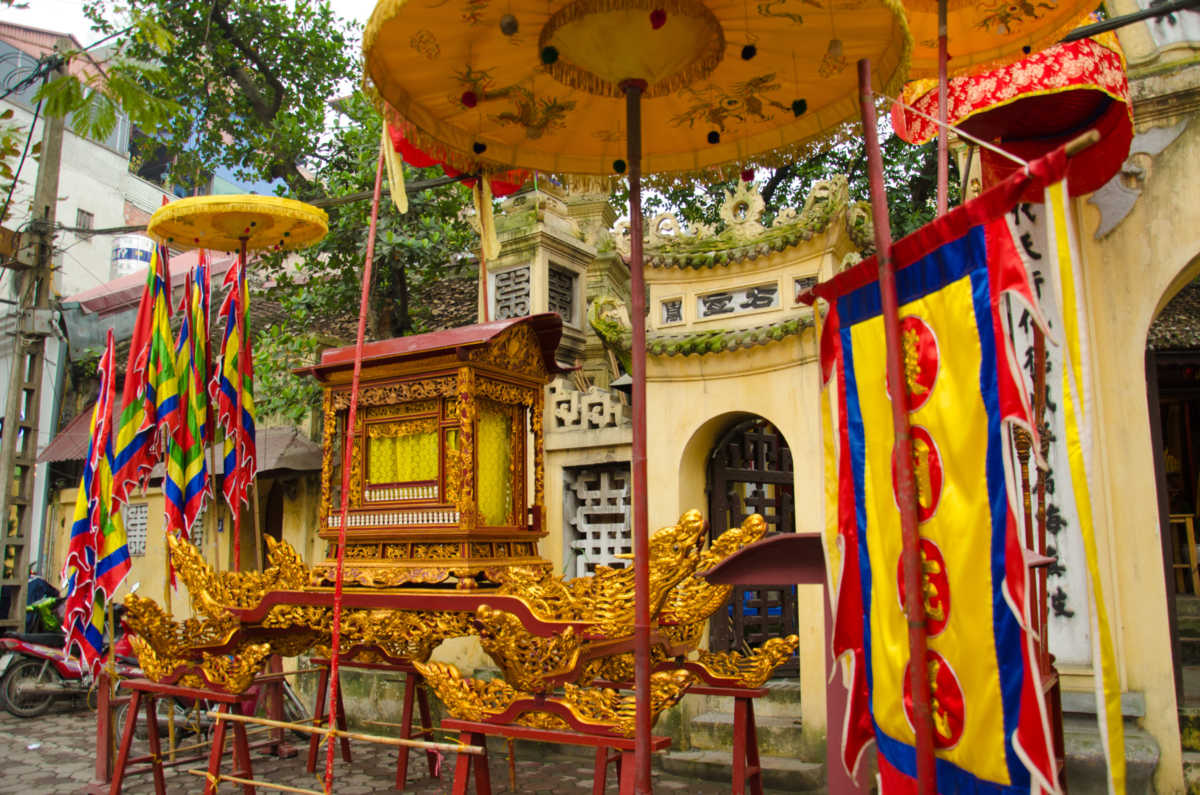 rare dash of color at a Hanoi Buddhist temple. February 2011.