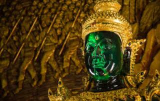 emerald buddha wat bupperam chiang mai