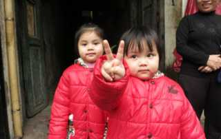 hanoi peace sign