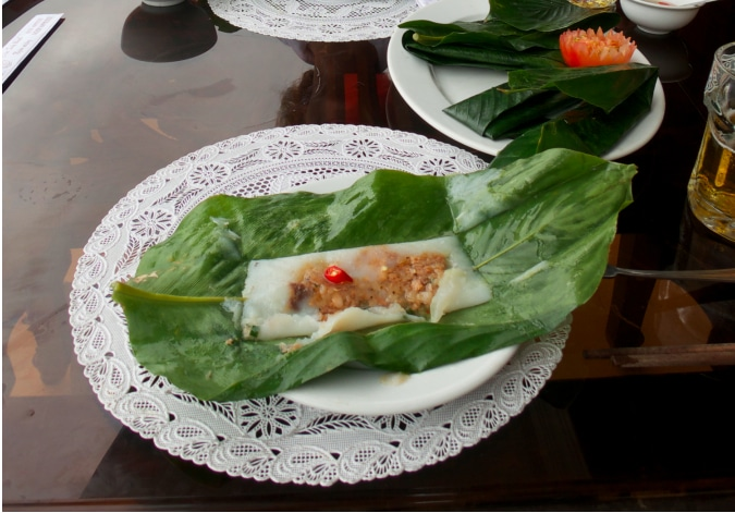 rice shrimp banana leaves