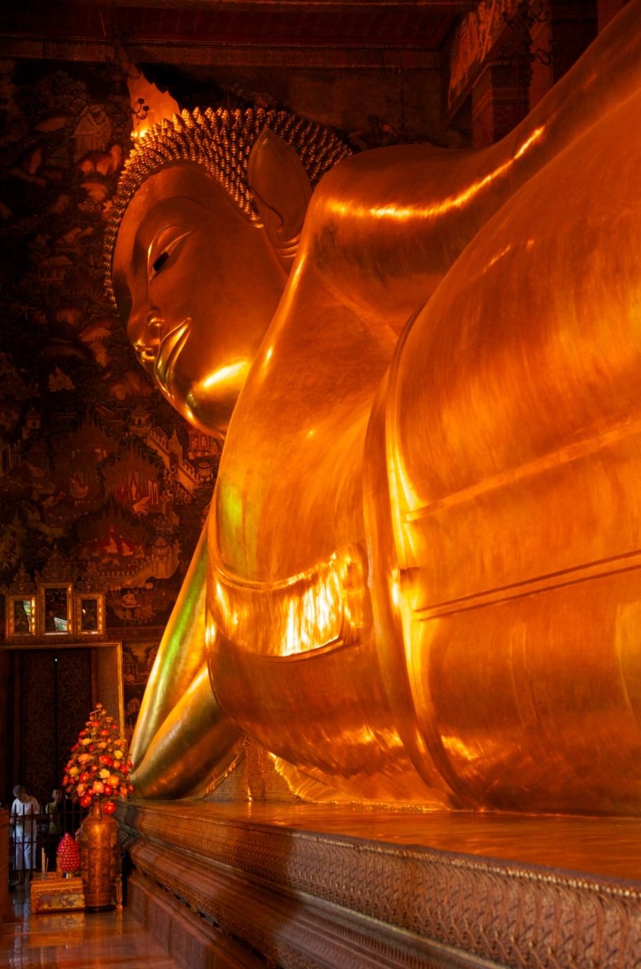 & Reclining Buddha Wat Pho Bangkok - Travel Past 50 islam-shia.org
