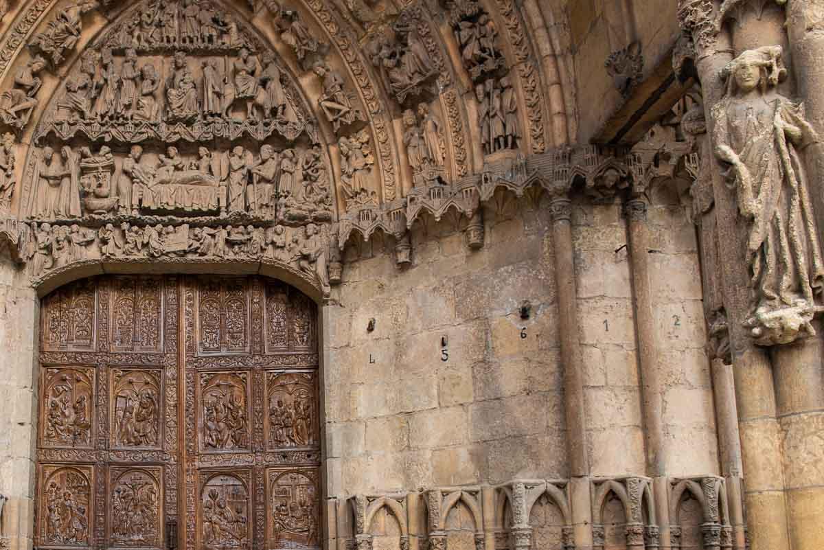 spain leon cathedral front door