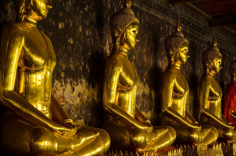 buddhas wat suthat bangkok