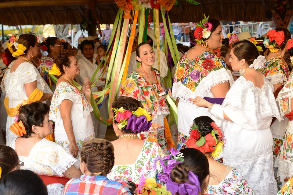 folk dancing El Cedral