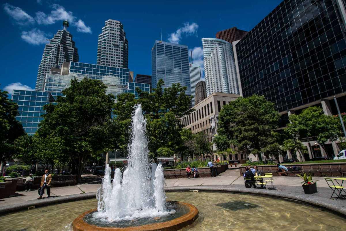 toronto architecture tour fountain 2