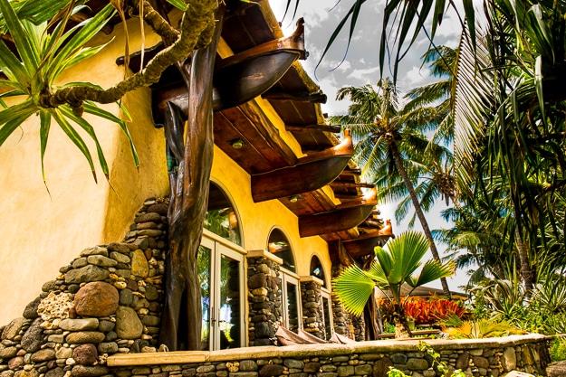Canoe joist home in Maui