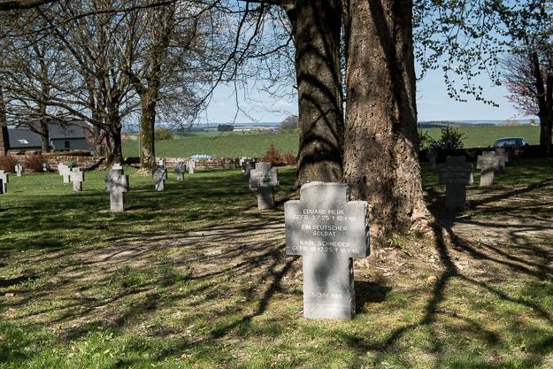 bastogne german grave