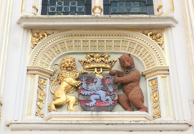 Lions, Carlos V, City Hall in Burg Square, Bruges
