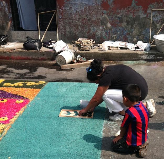 Preparing Antigua street for Lenten processions