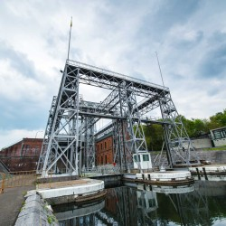 boat lift central canal belgium