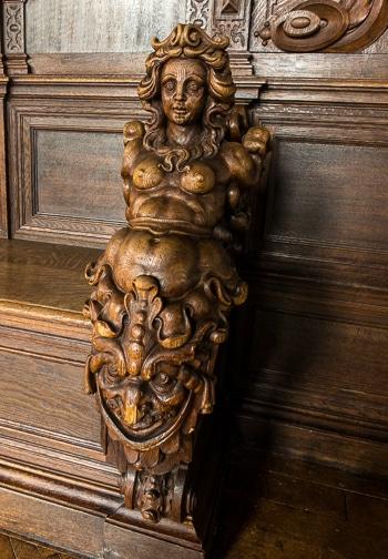 carving bremen city hall