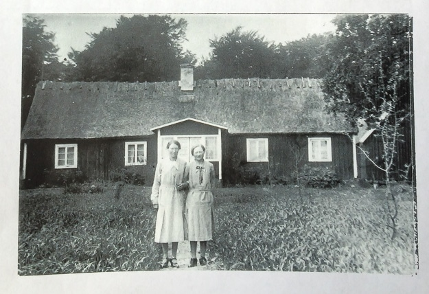 Edla Henningsson with niece Eva Henningsson