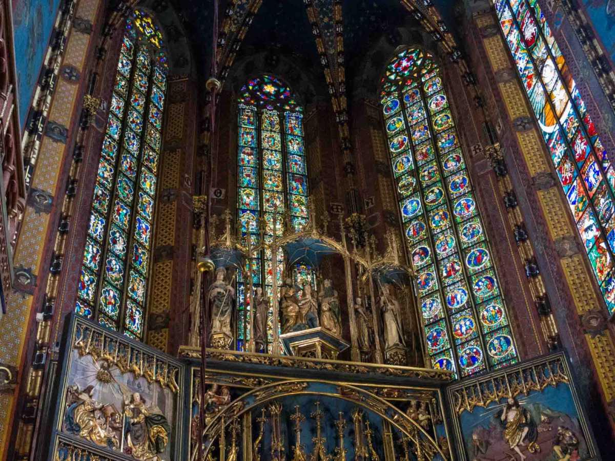 poland st mary's basilica krakow 4