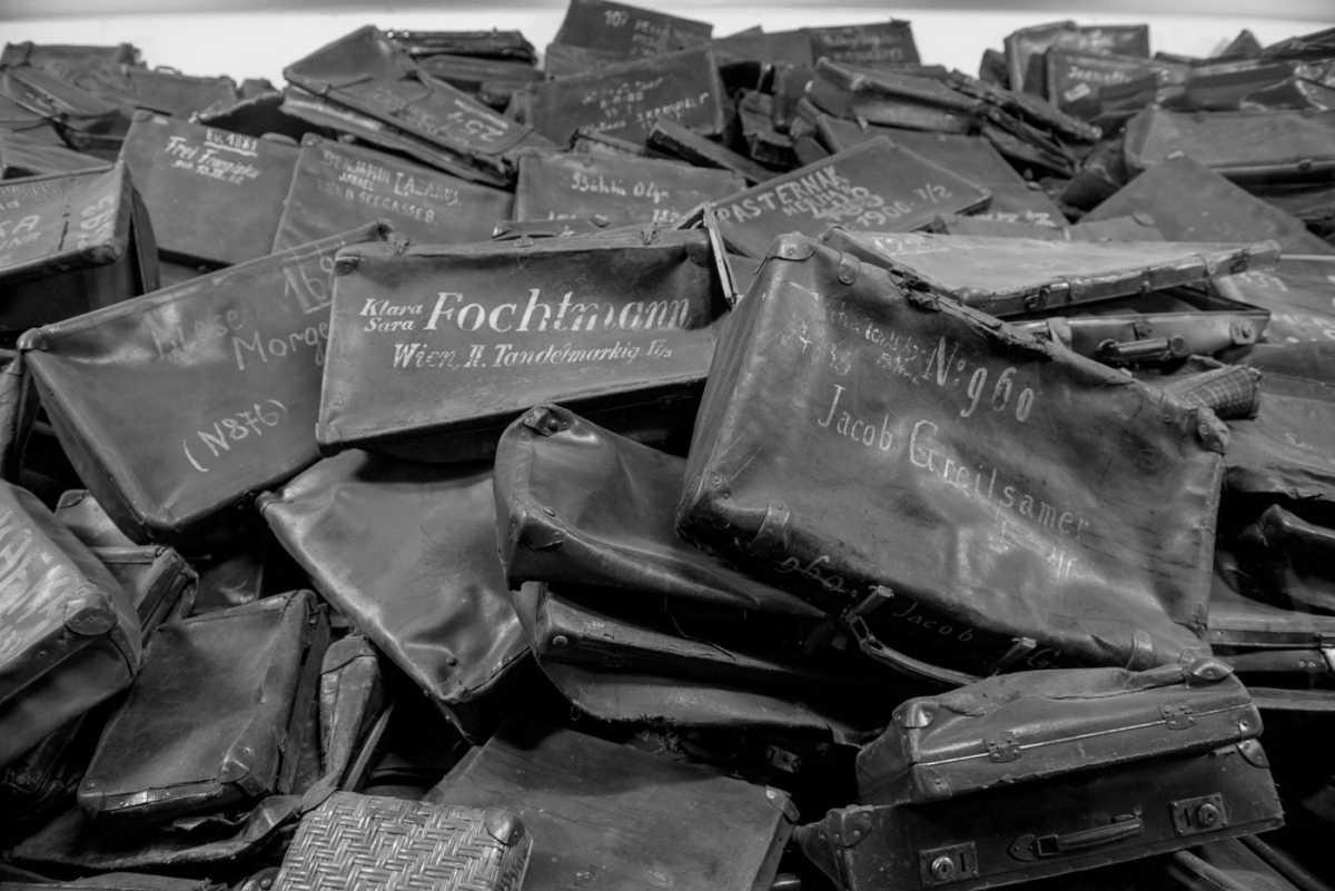 suitcases Auschwitz