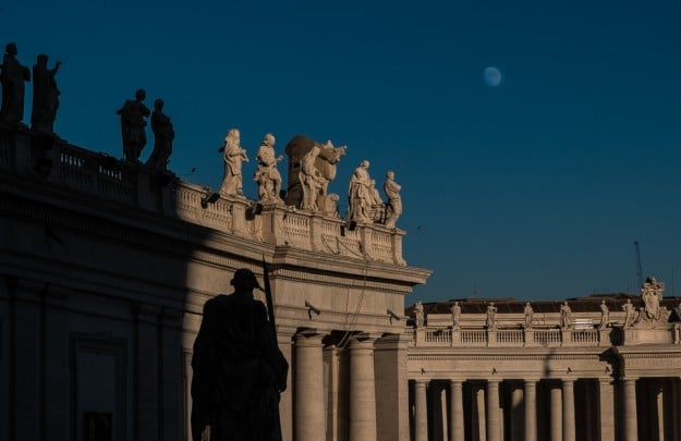 moon rise afternoon vatican St. Peter 2