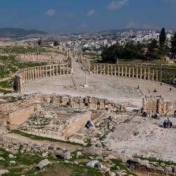 oval plaza from temple zeus jerash jordan 2