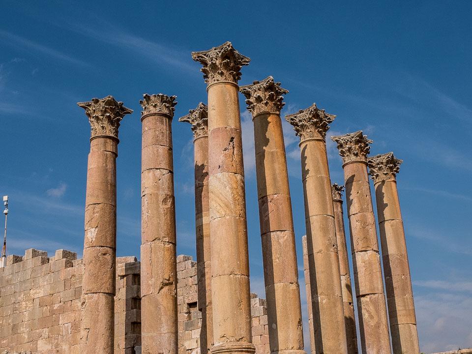 temple artemis jerash jordan