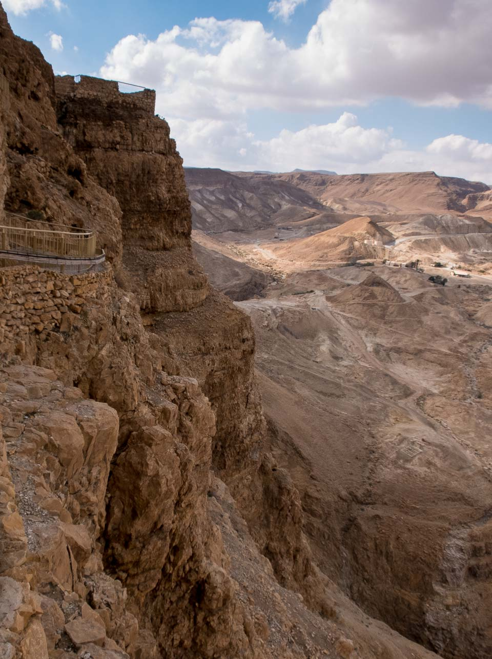 view palace of herod Masada israel