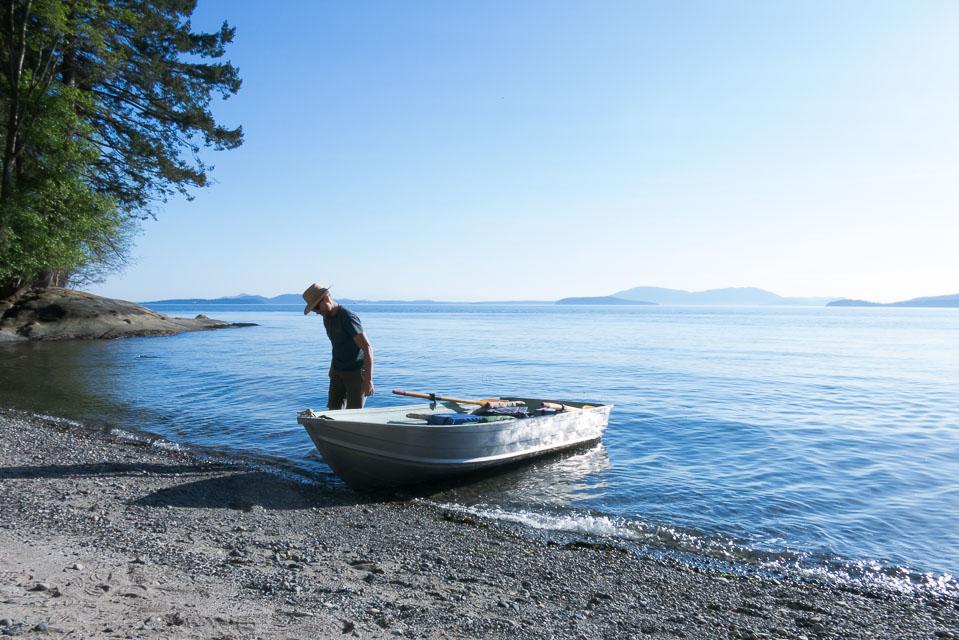 Lucas Henning hunts for agates along the shore of Puget Sound, south of Bellingham, Washington
