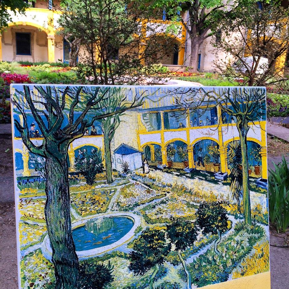 Arles_Van Gogh-1