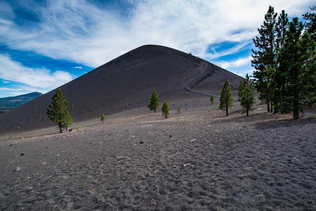 climbing cinder cone lassen volcanic