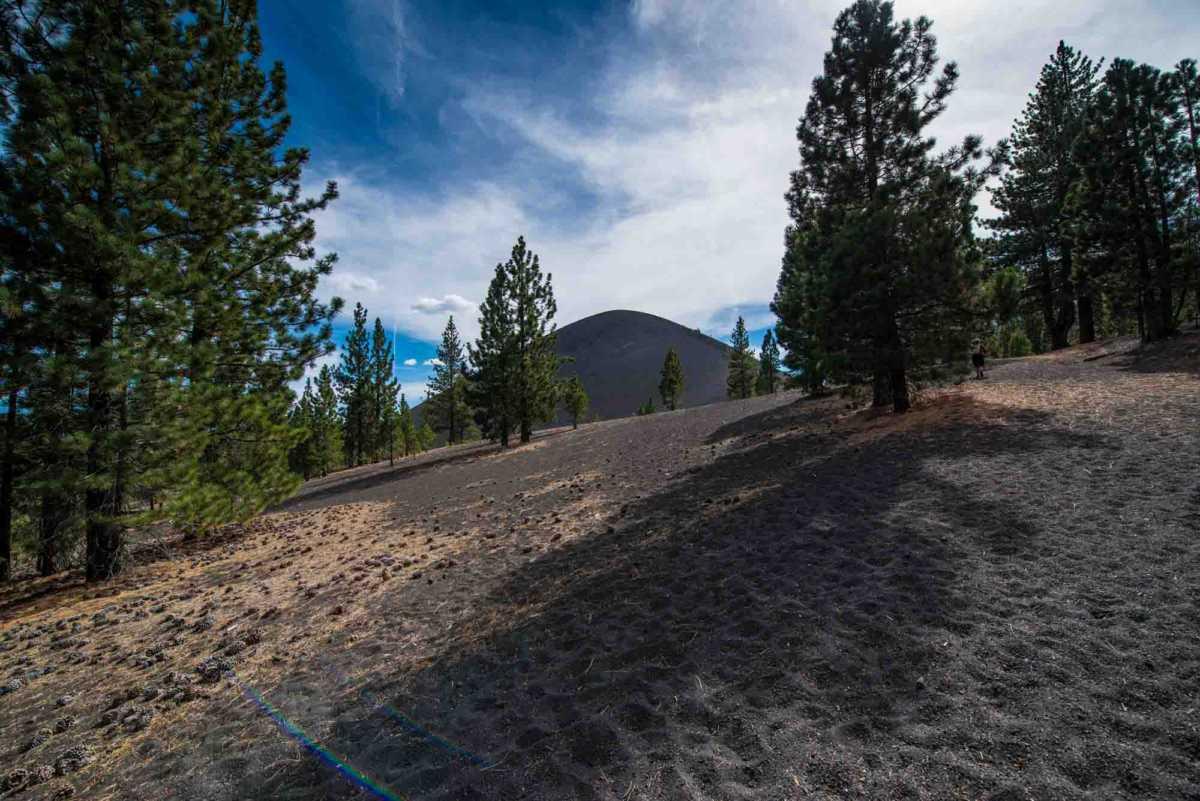 lassen national park climbing cinder cone 1