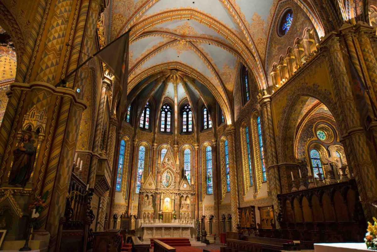 mattias church main altar