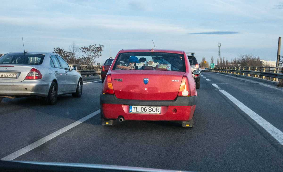 dacia logan-1 driving in romania
