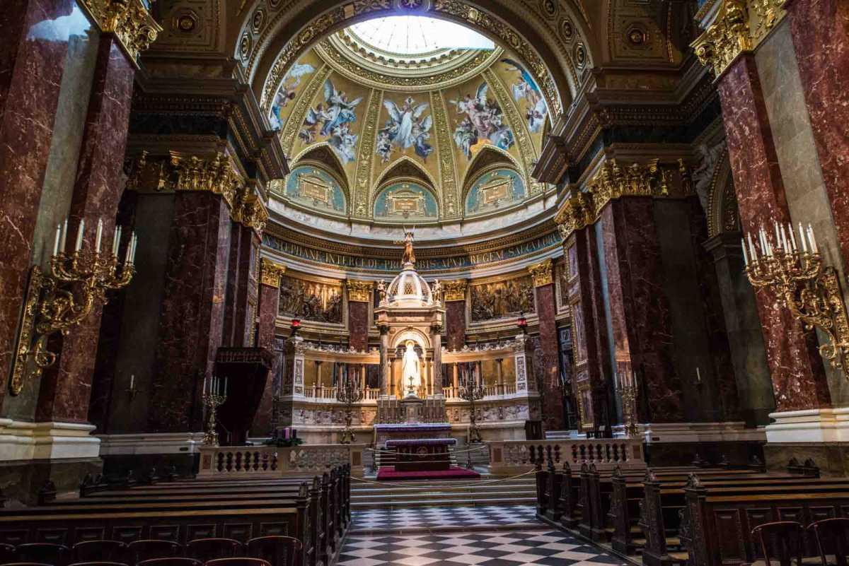 altar saint stephen budapest