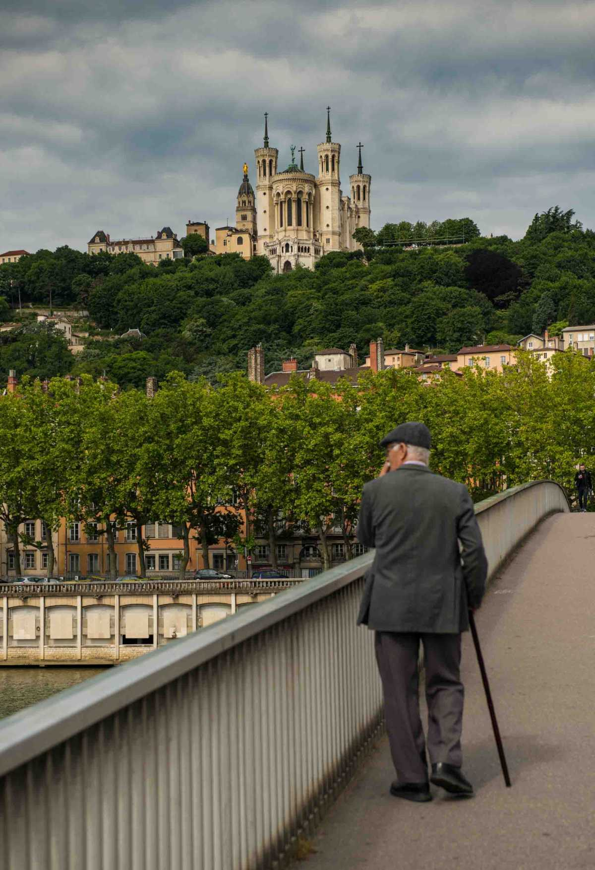 rhone river cruise lyon bridge old man