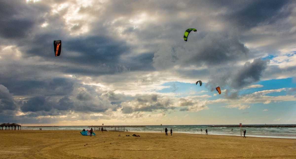 windsurf tel aviv