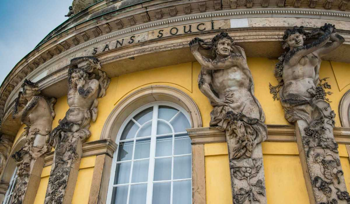 Resultado de imagem para Sanssouci Palace
