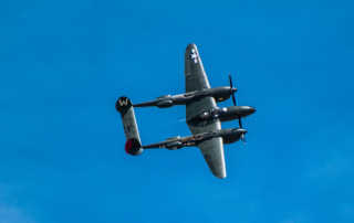 air show p-38 centered