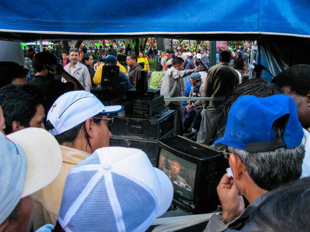 tv techs watching feed quito ecuador coup