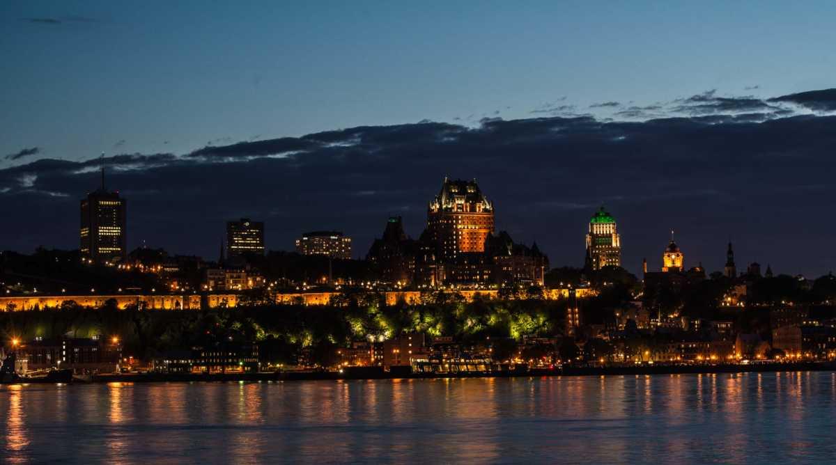 quebec city night 7