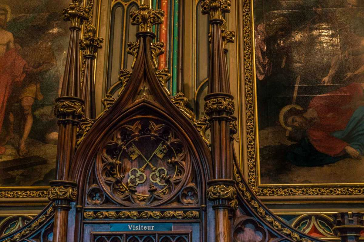 notre dame montreal confessional