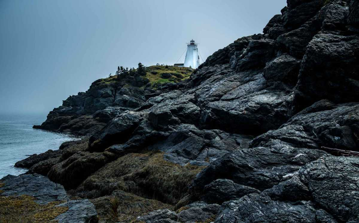 grand manan swallowtail lighthouse fog