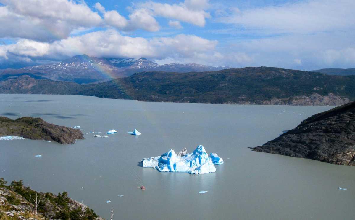 Trek Torres del Paine_Patagonia_GlacierCalfwBoat-1
