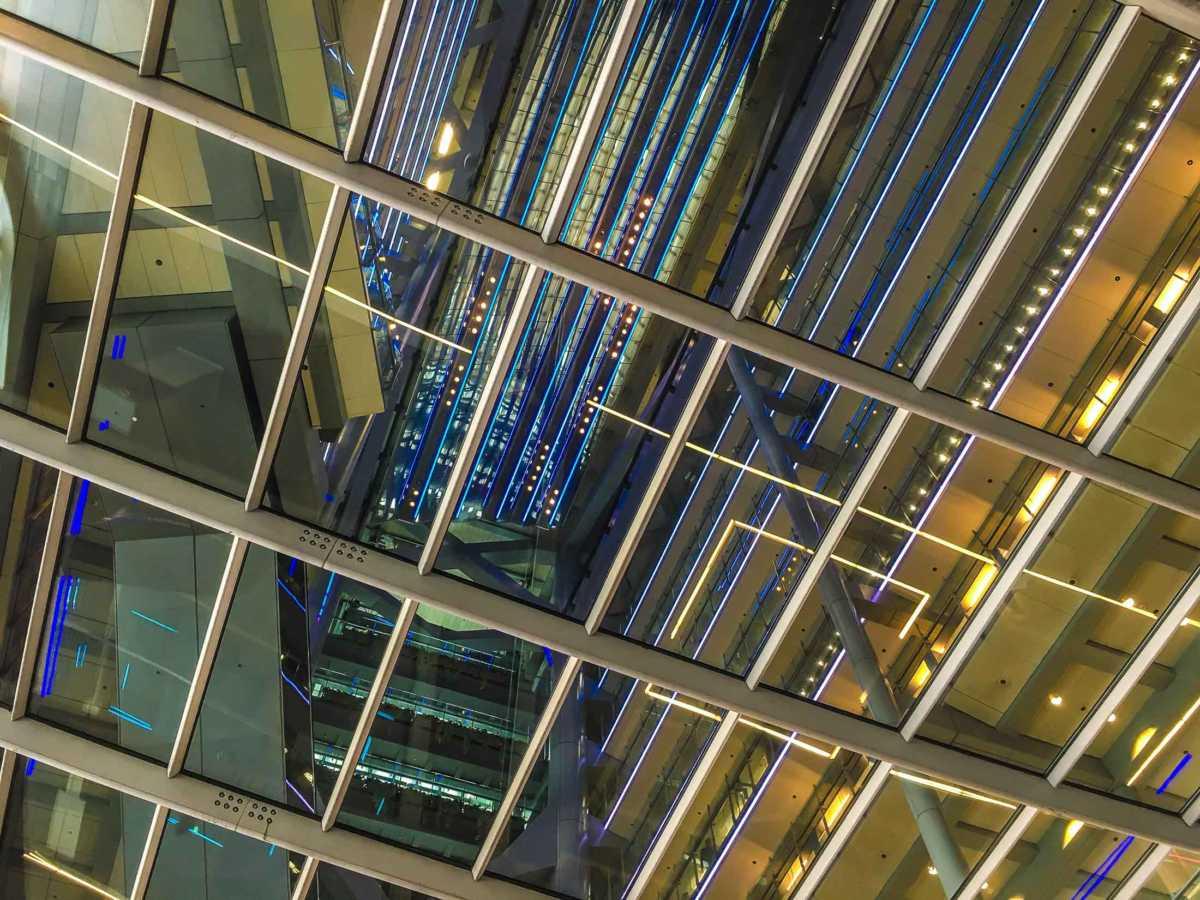 atrium HSBC building hong kong