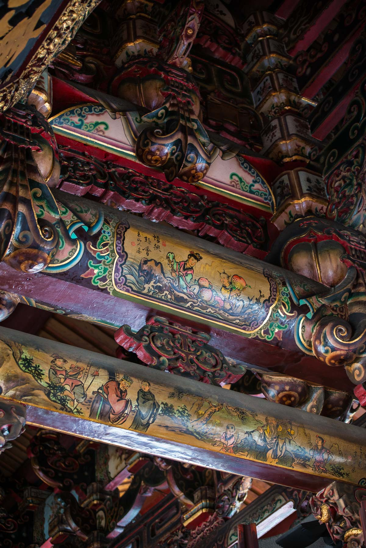 painted-beams-baoan-buddhist-temple-taipei