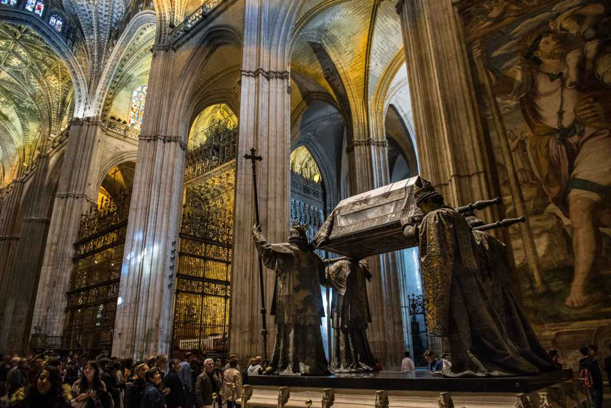 tomb of christopher columbus sevilla spain travel past  columbus tomb seville cathedral