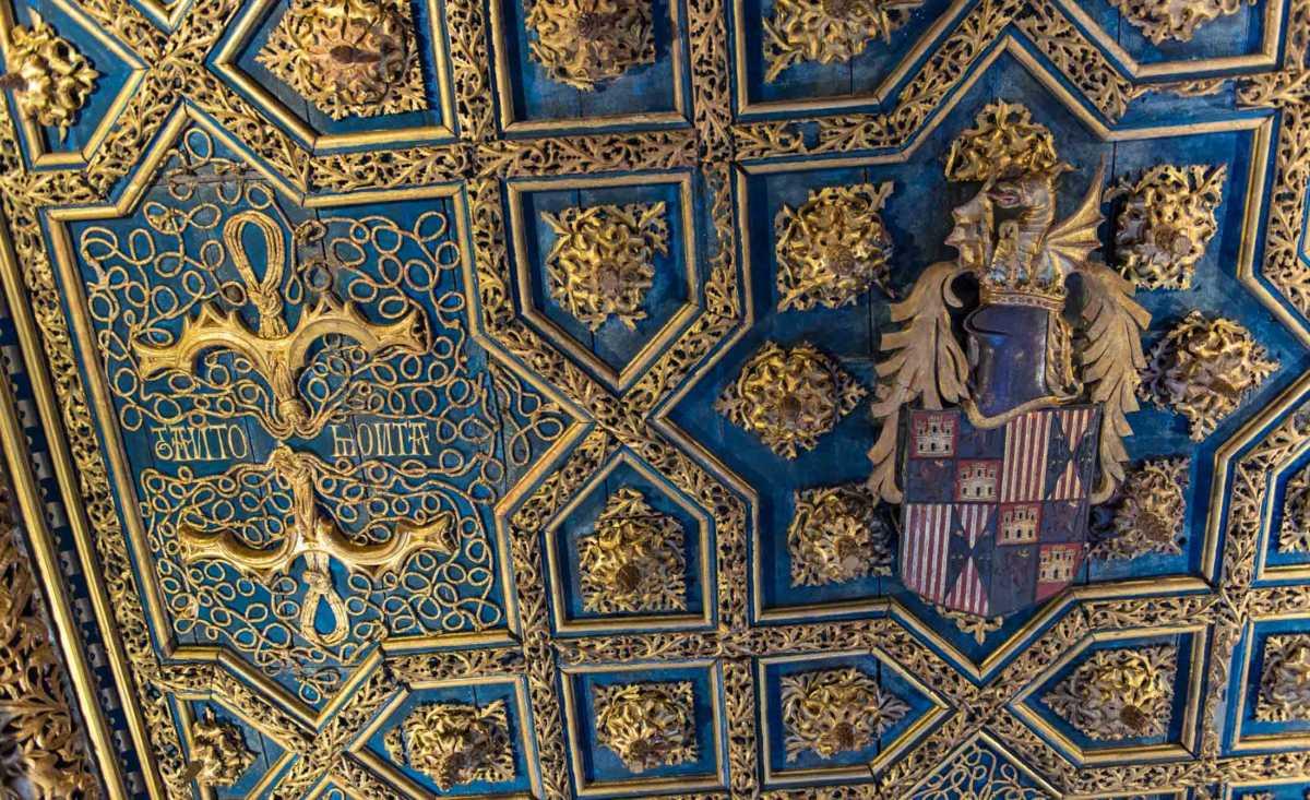 zaragoza-aljaferia-2-ceiling-fernando-palace