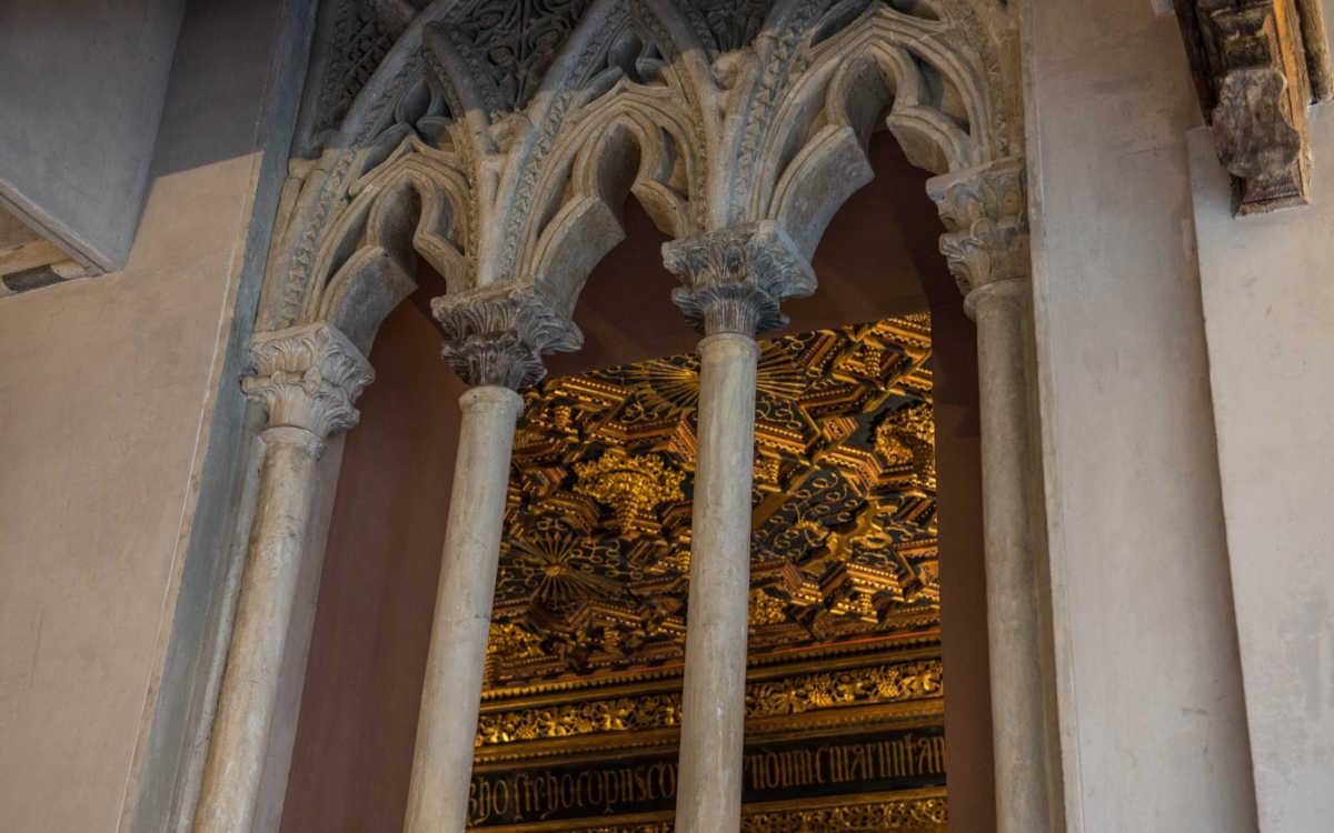 zaragoza-aljaferia-4-arches-fernando-palace
