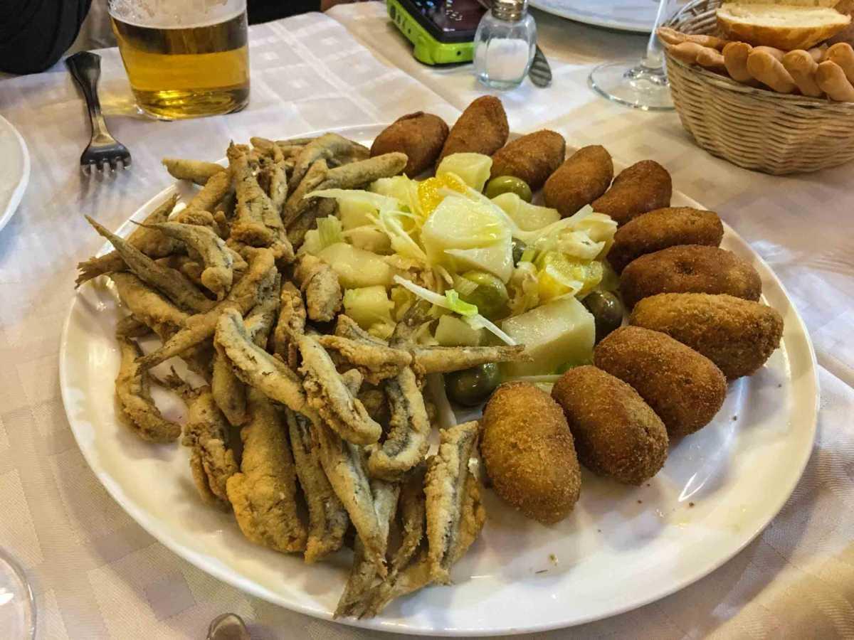 croquettes-plate malaga food tour