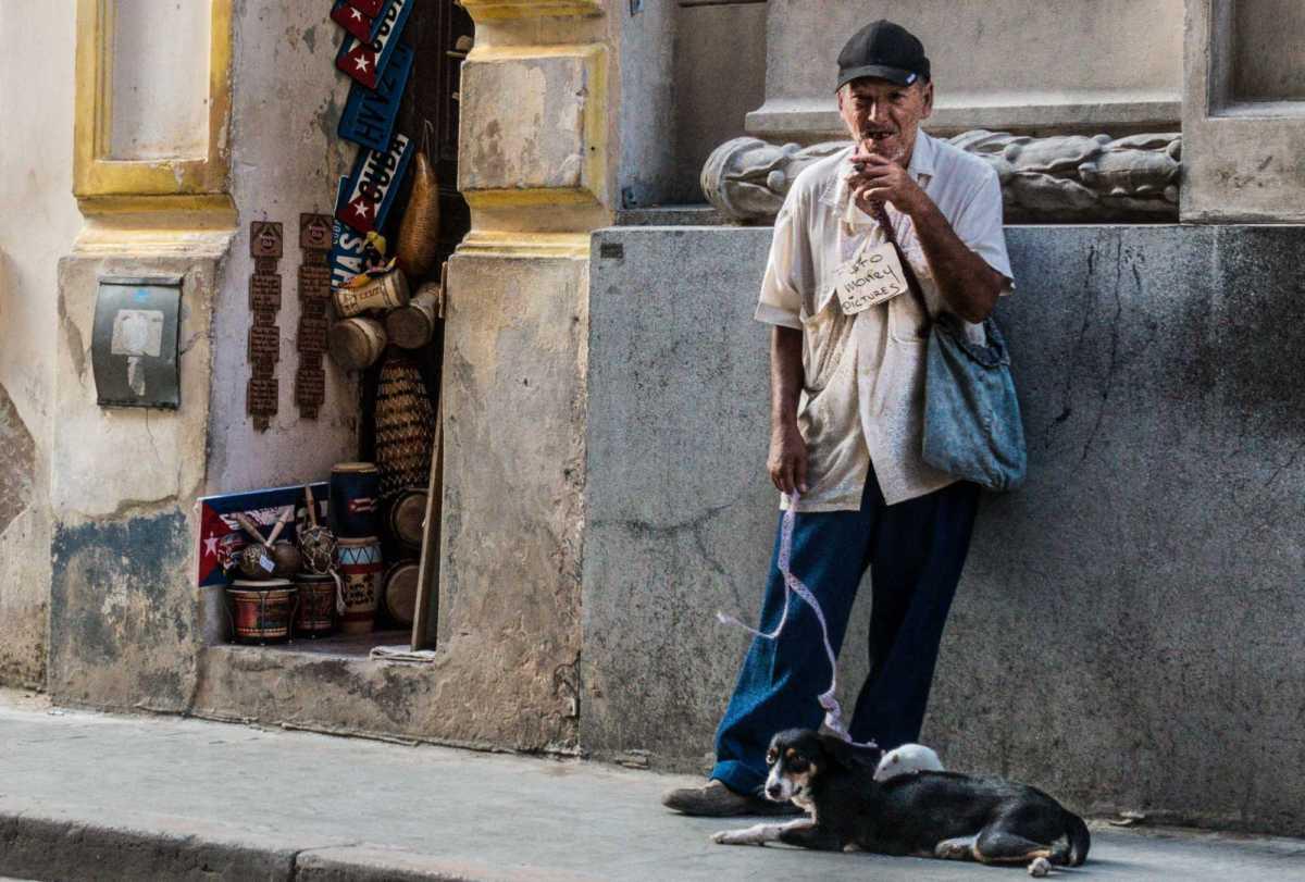 Foto Money Havana Cuba