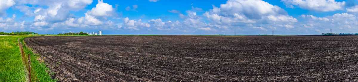 iowa farm panorama spring
