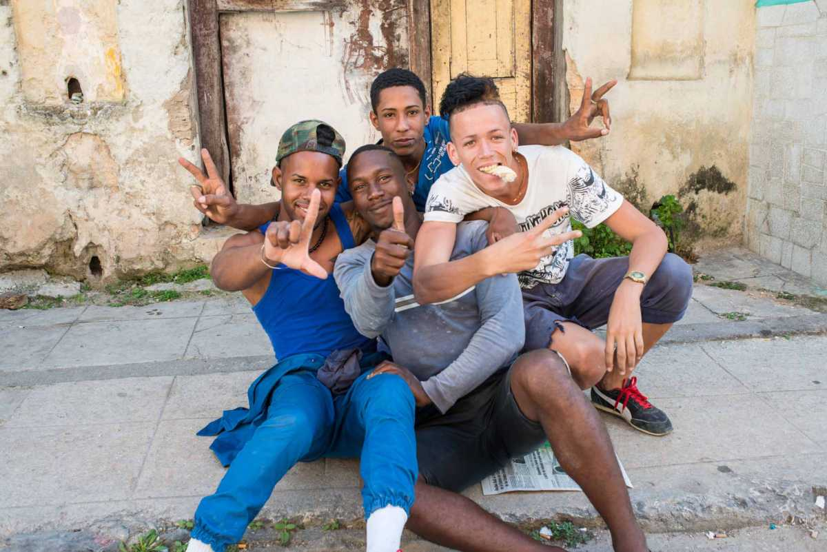 four young guys havana