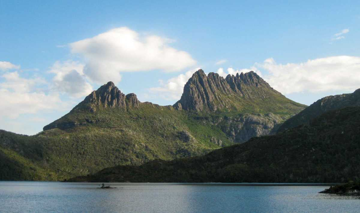Cradle Mountain Tasmania Trek
